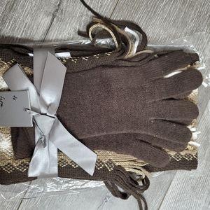 NY & company brown scarf & glove set